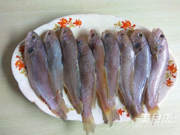 韩式辣酱烧小黄花鱼