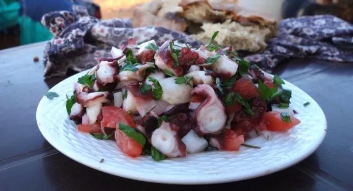 摩洛哥章鱼捕捞限额削减近50,业内称价格变动仍是未知数